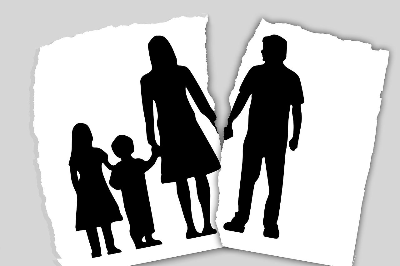 Divorzio di cittadini residenti all'estero