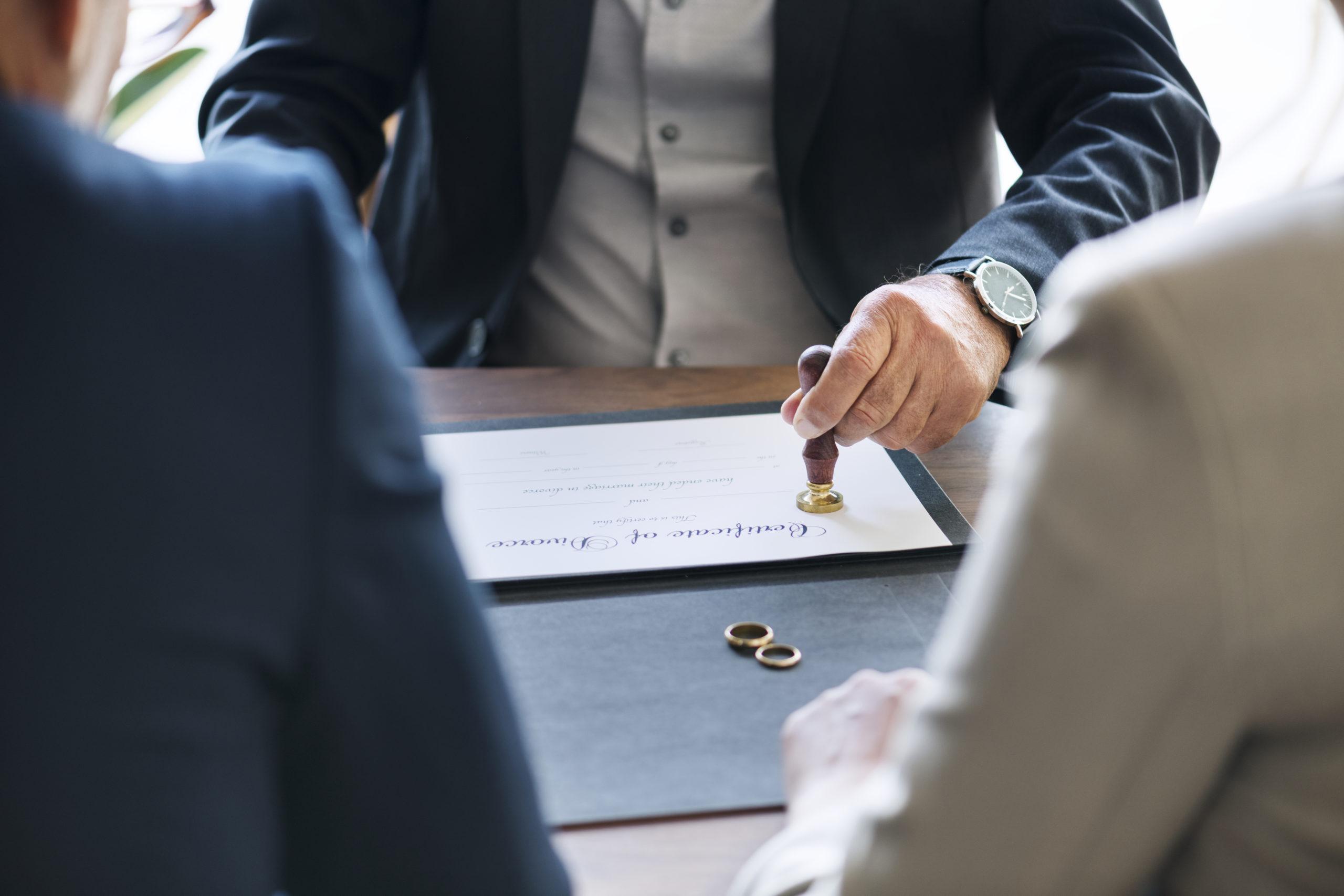 REvisione e cessazione dell'assegno divorzile